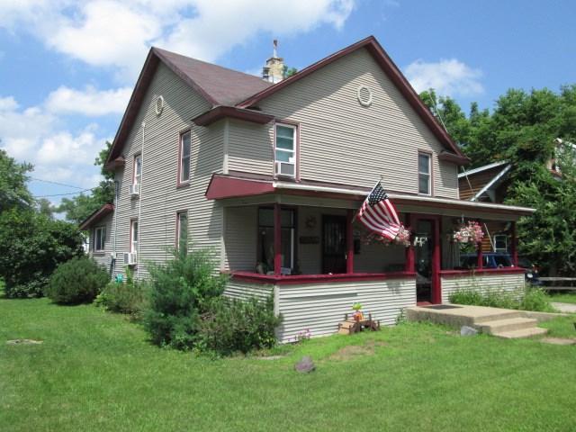 207 W Prairie St, Boscobel, WI 53805 (#1863945) :: Nicole Charles & Associates, Inc.