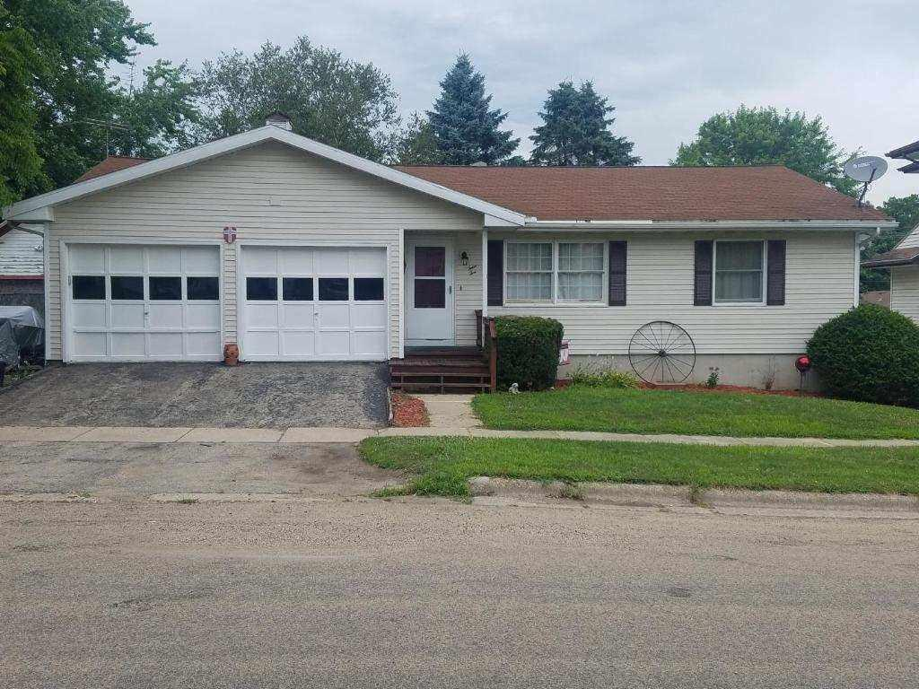 410 4th Ave - Photo 1