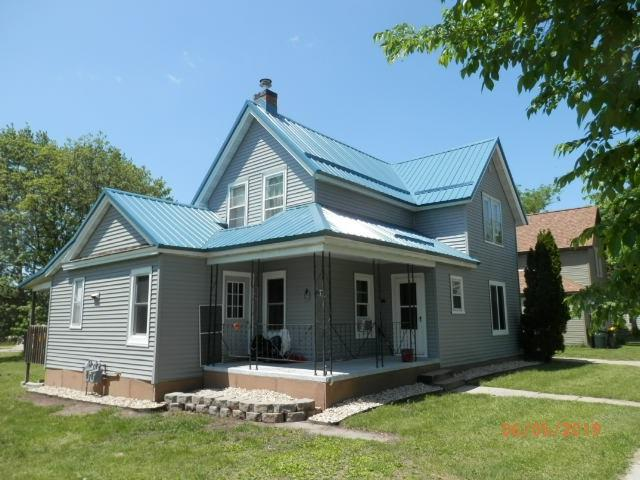 862 N Central Ave, Richland Center, WI 53581 (#1865489) :: Nicole Charles & Associates, Inc.