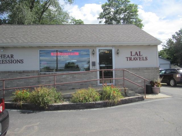 1222 E Main St, Reedsburg, WI 53959 (#1865632) :: Nicole Charles & Associates, Inc.