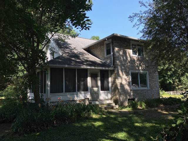 5318 Fayette Ave, Madison, WI 53713 (#1868195) :: Nicole Charles & Associates, Inc.