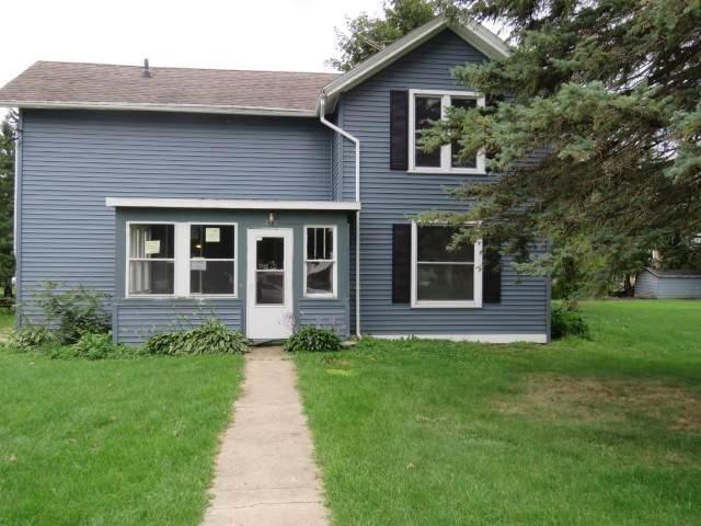 212 Grove St, Randolph, WI 53956 (#1868612) :: Nicole Charles & Associates, Inc.