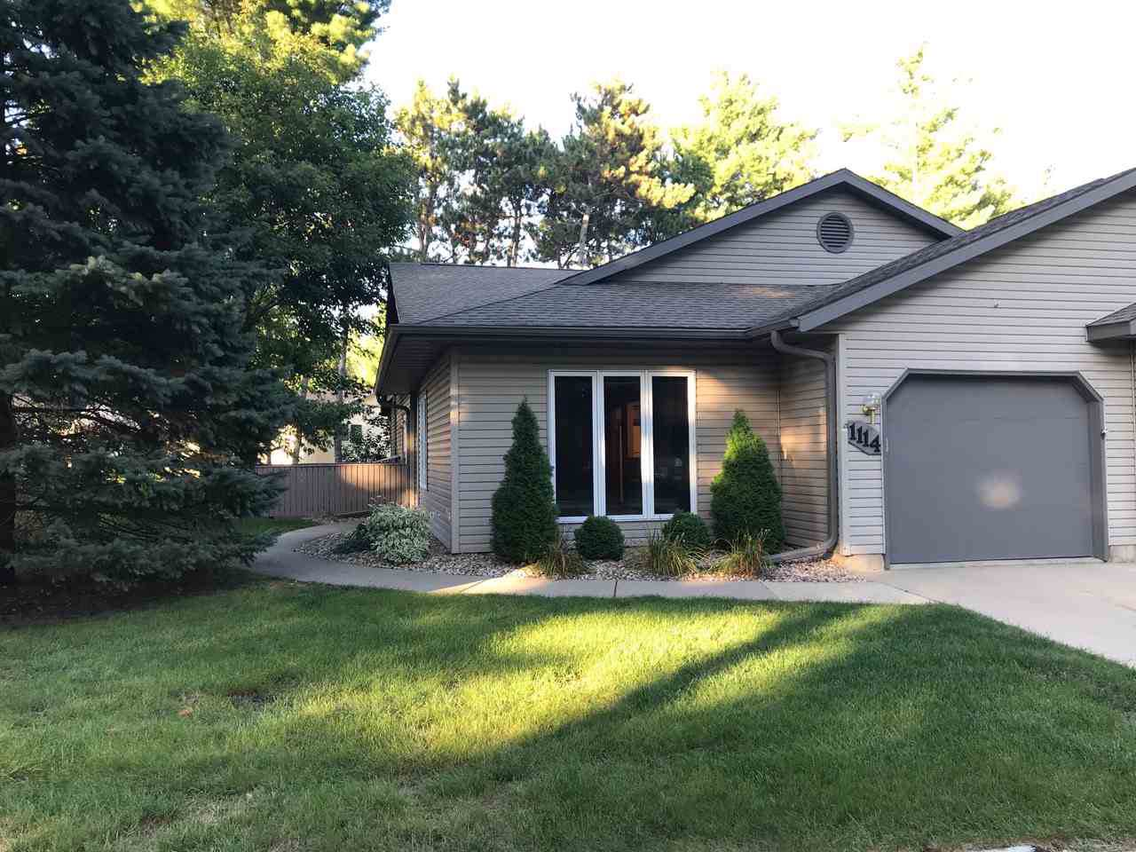 1114 Forest Ln - Photo 1