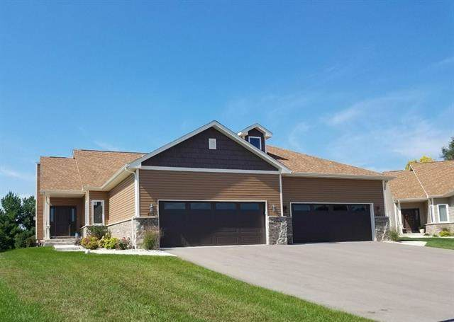 3116 S Cora Ct, Beloit, WI 53511 (#1868927) :: HomeTeam4u