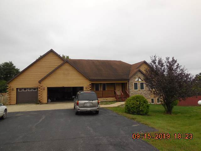 14875 High Ridge St, Richwood, WI 53518 (#1869653) :: HomeTeam4u