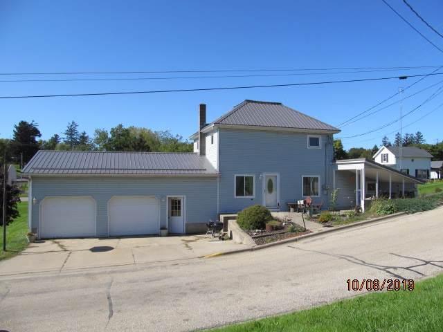100 N Wisconsin St, Montfort, WI 53569 (#1870217) :: HomeTeam4u