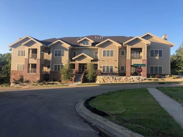 9045 Hawks Reserve Ln, Madison, WI 53593 (#1870385) :: HomeTeam4u
