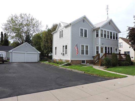 16-18 S Watertown St, Waupun, WI 53963 (#1870394) :: Nicole Charles & Associates, Inc.