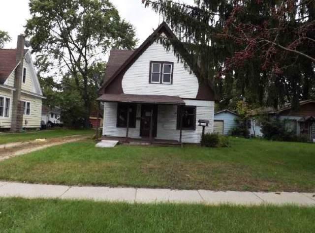 225 S Linden St, Adams, WI 53910 (#1870395) :: HomeTeam4u
