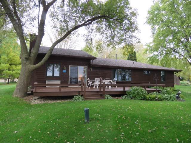 W10181 Hickory Bay Rd, Fox Lake, WI 53933 (#1870909) :: Nicole Charles & Associates, Inc.
