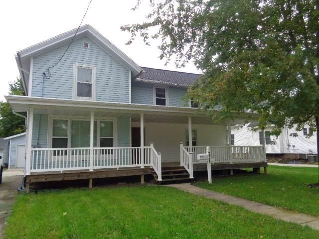 264 N High St, Randolph, WI 53956 (#1872510) :: Nicole Charles & Associates, Inc.