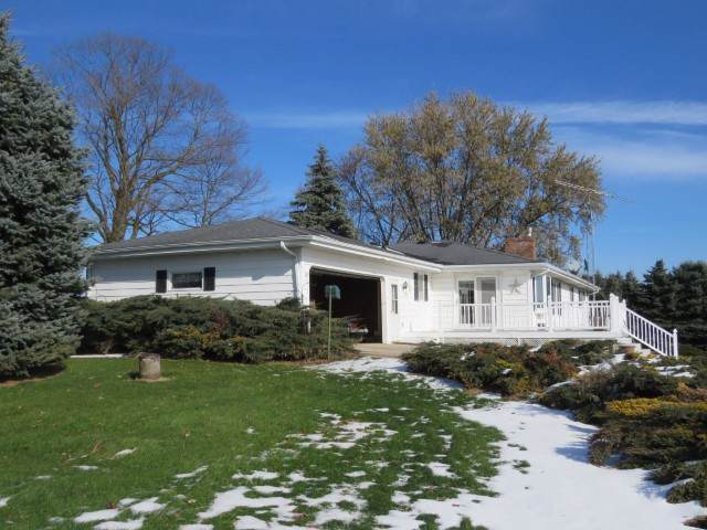 W381 County Road A, Courtland, WI 53956 (#1872766) :: Nicole Charles & Associates, Inc.