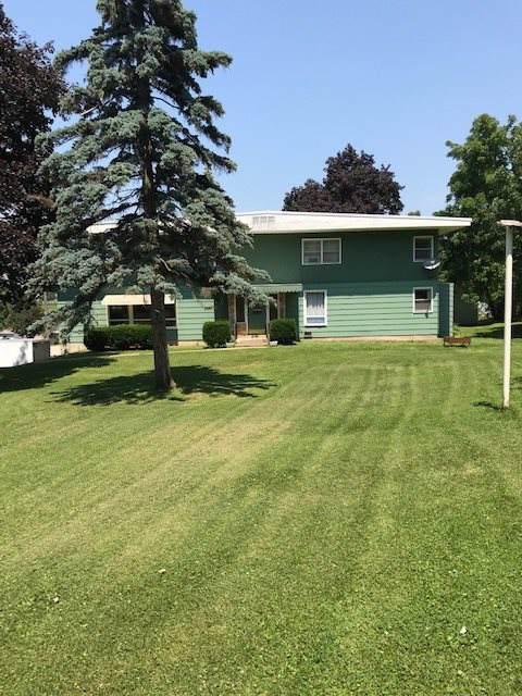 305 N Hickory St, Platteville, WI 53818 (#1875459) :: HomeTeam4u