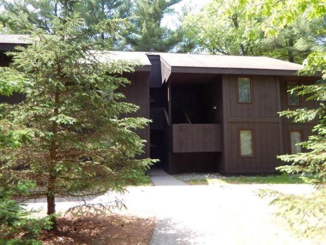9 Spruce Tr, Springville, WI 53965 (#1876376) :: HomeTeam4u