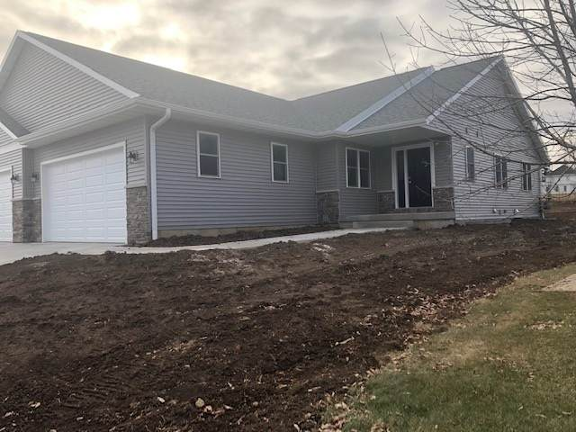 138 Jennifer Circle, Mount Horeb, WI 53572 (#1877087) :: HomeTeam4u