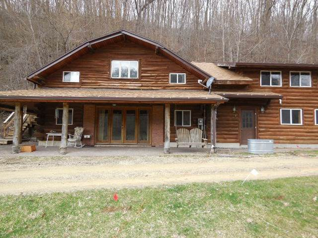 6146 Brewery Hollow Rd, Cassville, WI 53806 (#1877295) :: Nicole Charles & Associates, Inc.