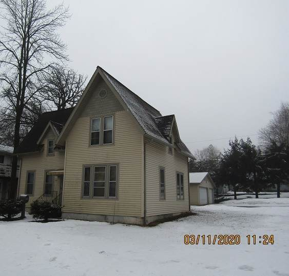 421 Oak St, Ripon, WI 54971 (#1878874) :: HomeTeam4u