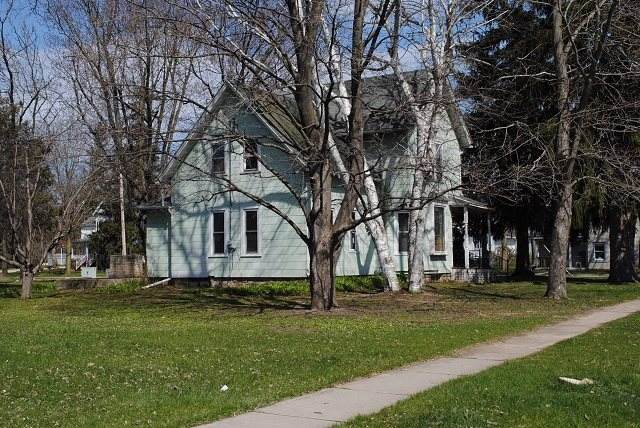 200 Polk St, Sauk City, WI 53583 (#1881857) :: HomeTeam4u