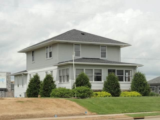 1218 N Main St, Viroqua, WI 54665 (#1884333) :: Nicole Charles & Associates, Inc.