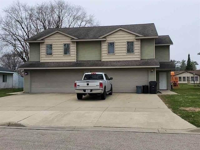 320/324 Woodard Ave, Tomah, WI 54660 (#1889454) :: Nicole Charles & Associates, Inc.