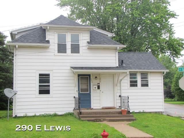 290 E Lewis St, Platteville, WI 53818 (#1889686) :: Nicole Charles & Associates, Inc.