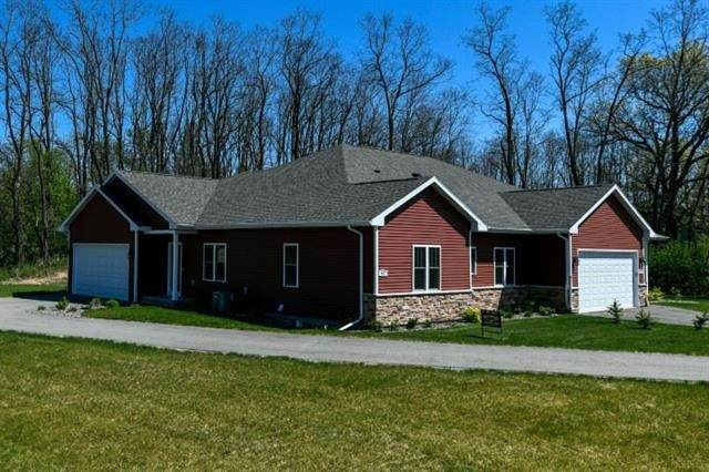 482 E Meadowlark Ln, Green Lake, WI 54941 (#1889926) :: Nicole Charles & Associates, Inc.