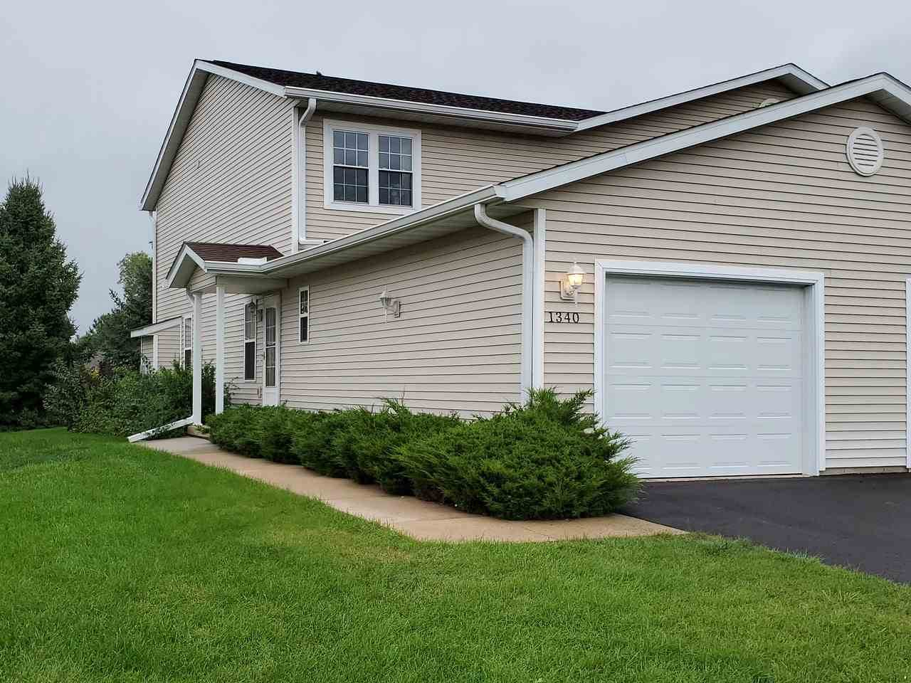 1340 Silver Dr - Photo 1
