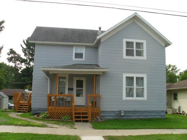 318 W Council St, Tomah, WI 54660 (#1893415) :: HomeTeam4u