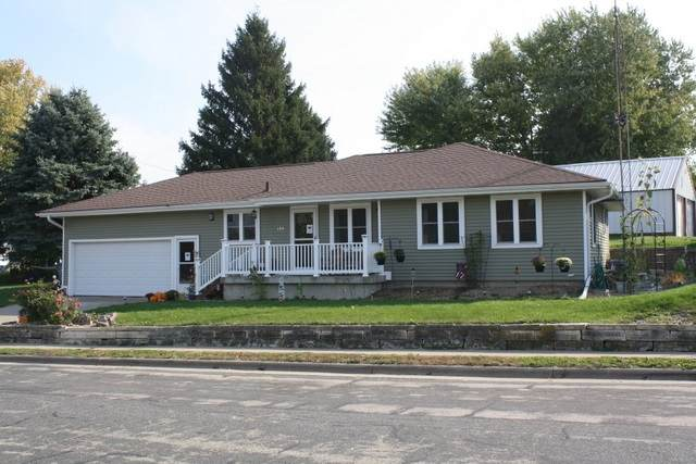 120 Orchard St, Dickeyville, WI 53808 (#1895554) :: HomeTeam4u