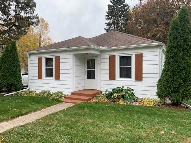 617 W Jefferson St, Stoughton, WI 53589 (#1896324) :: Nicole Charles & Associates, Inc.