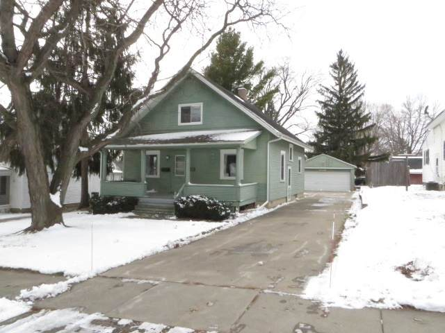 416 Washington St, Ripon, WI 54971 (#1899705) :: Nicole Charles & Associates, Inc.