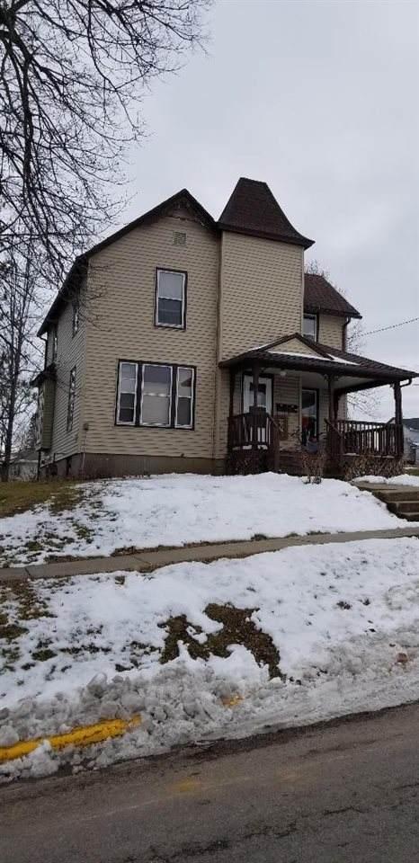 95 Alden St, Platteville, WI 53818 (#1900023) :: HomeTeam4u