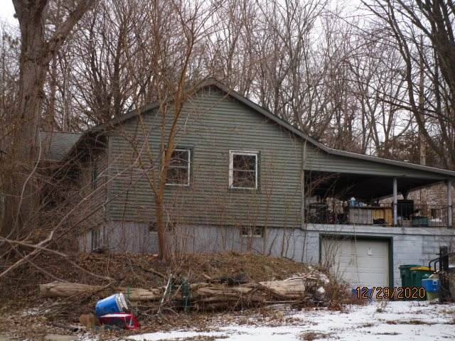 2423 S River Rd, Rock, WI 53546 (#1900717) :: HomeTeam4u