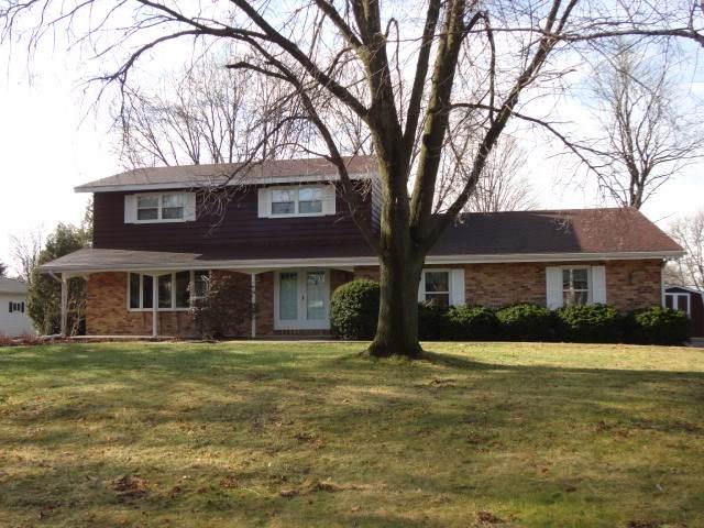 615 Ridge Ave, Platteville, WI 53818 (#1904961) :: HomeTeam4u