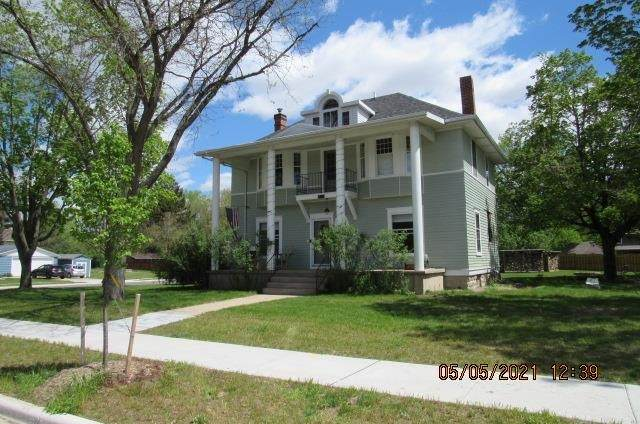 411 S Lexington St, Spring Green, WI 53588 (#1908282) :: Nicole Charles & Associates, Inc.