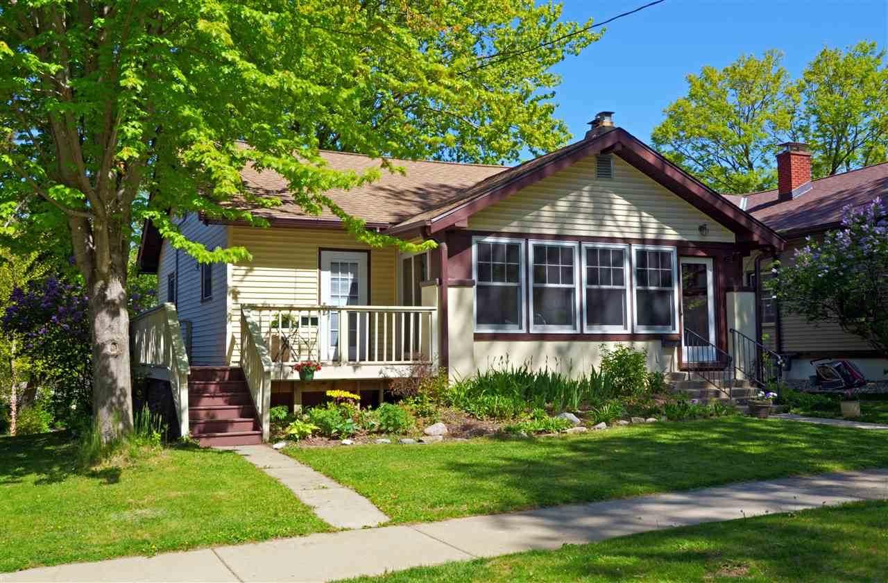2310 Keyes Ave - Photo 1