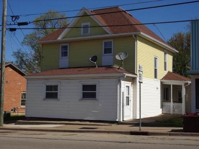 230 W Adams St, Platteville, WI 53818 (#1908954) :: Nicole Charles & Associates, Inc.