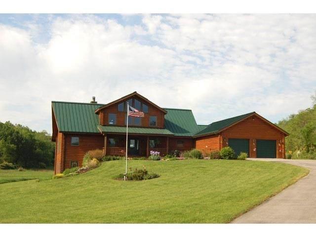 6239 County Road J, Vermont, WI 53515 (#1909431) :: Nicole Charles & Associates, Inc.