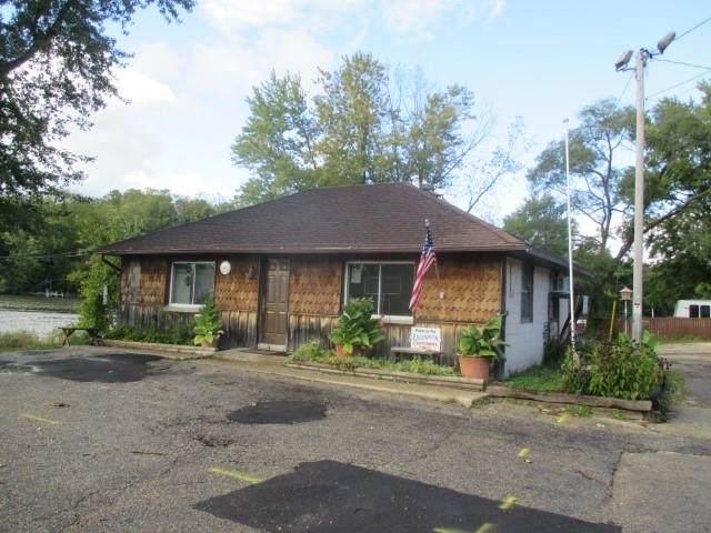 3518 County Road M, Fulton, WI 53534 (#1910302) :: Nicole Charles & Associates, Inc.
