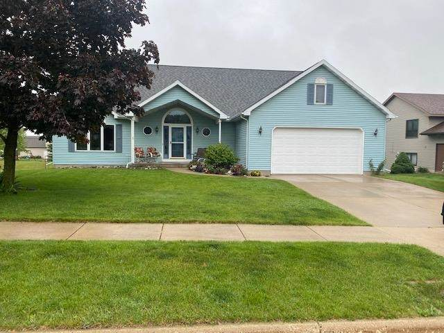 657 N Woods Edge Dr, Oregon, WI 53575 (#1910497) :: HomeTeam4u