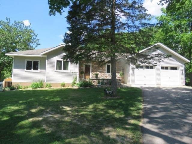 317 3rd St, Fox Lake, WI 53933 (#1911632) :: Nicole Charles & Associates, Inc.