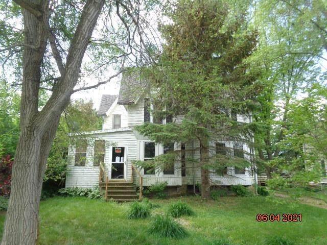 119 Pleasant St, Sharon, WI 53585 (#1912200) :: Nicole Charles & Associates, Inc.