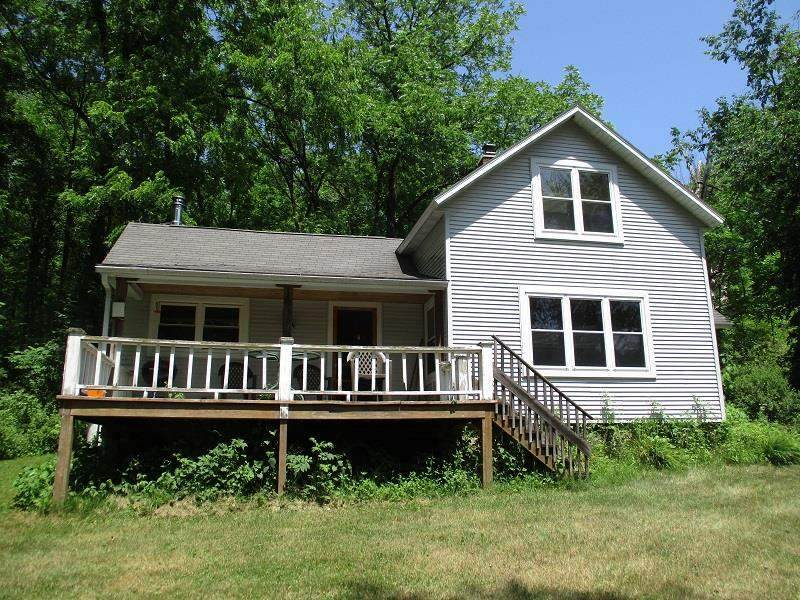 E2608 Hickory Glen Rd - Photo 1
