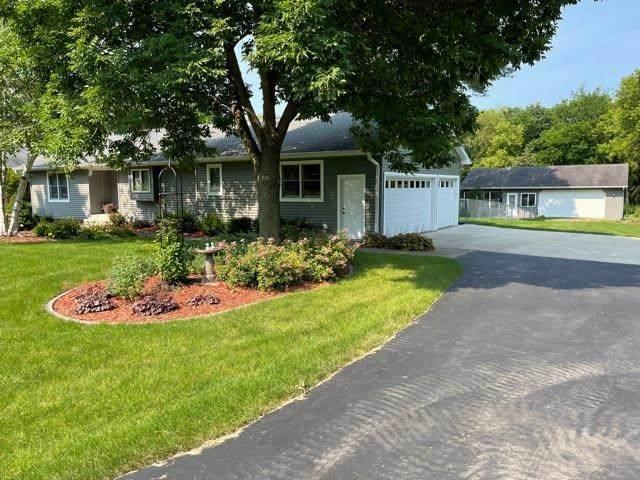 4561 American Way, Cottage Grove, WI 53527 (#1913729) :: HomeTeam4u