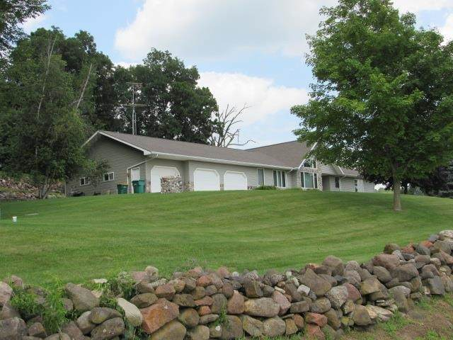N9302 N Old Hwy 22, Marcellon, WI 53954 (#1914829) :: RE/MAX Shine