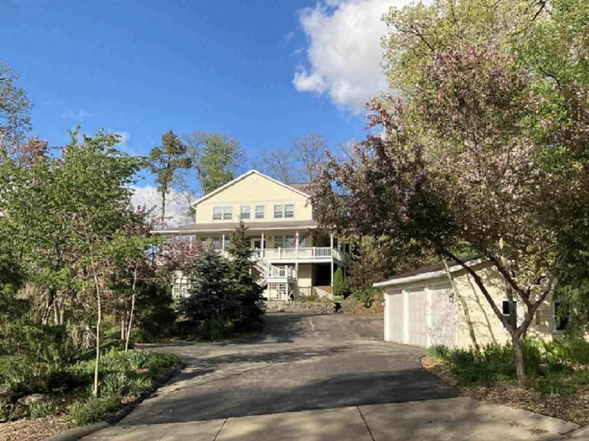 360 Ferry Dr - Photo 1