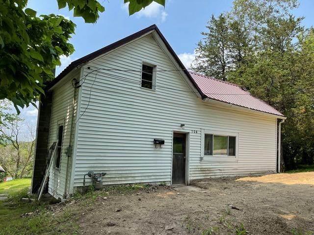 304 Johnson Ave, Elroy, WI 53929 (#1915126) :: Nicole Charles & Associates, Inc.