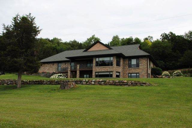 N1308 Hwy 188, West Point, WI 53578 (#1915153) :: RE/MAX Shine