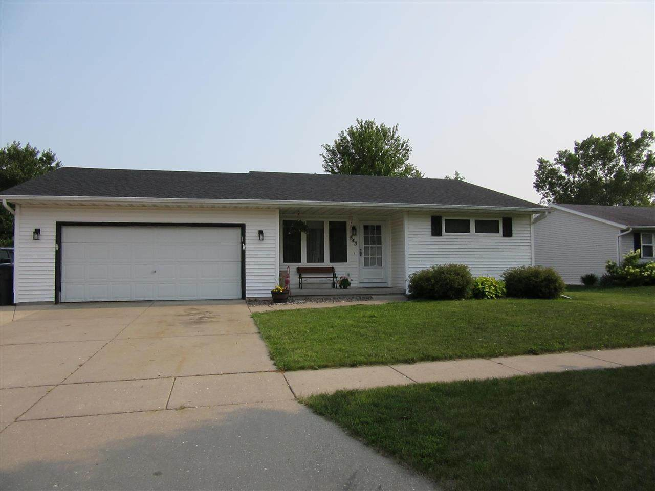 543 Countryside Dr - Photo 1