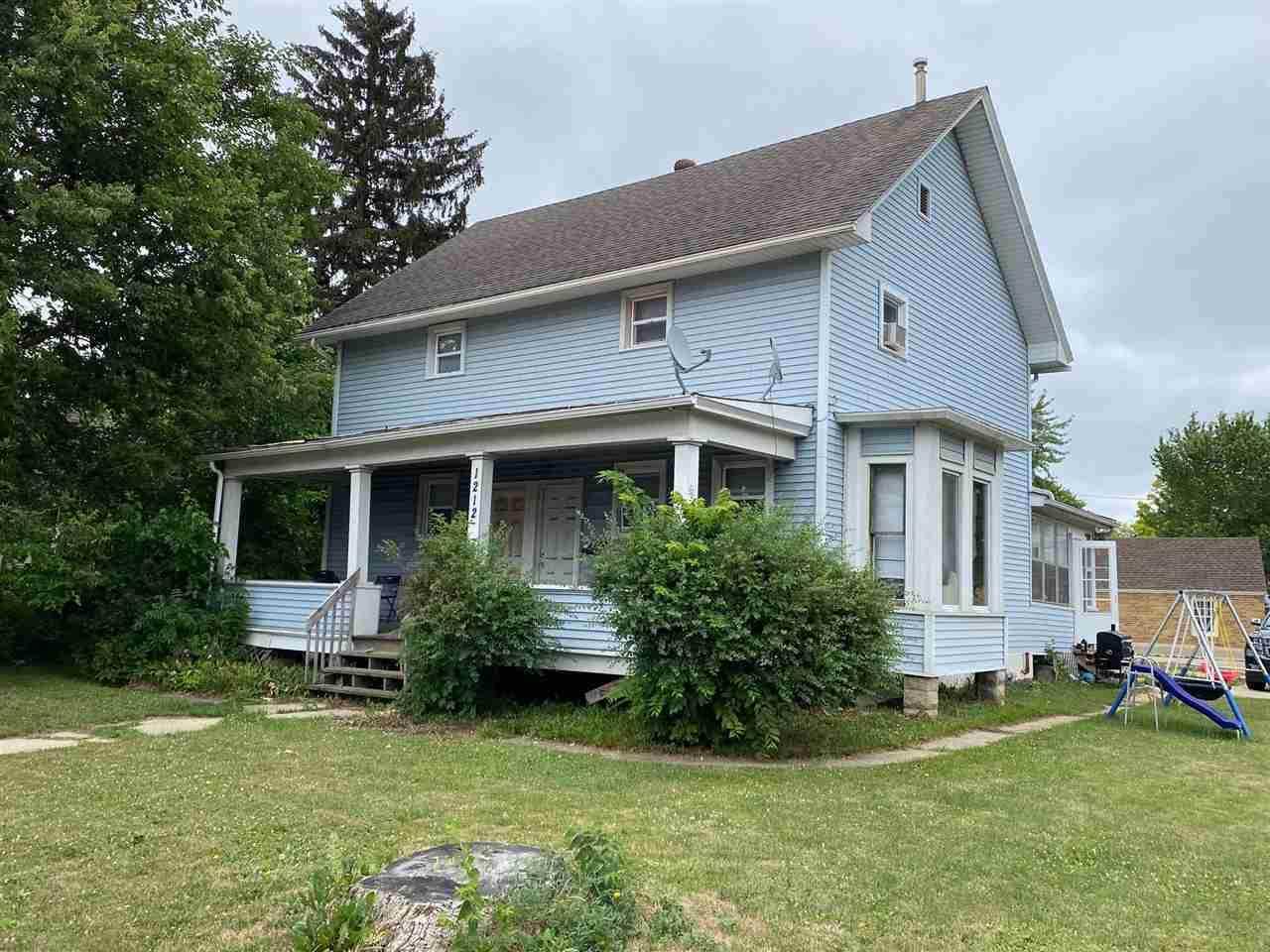 1212-1214 Milton Ave - Photo 1